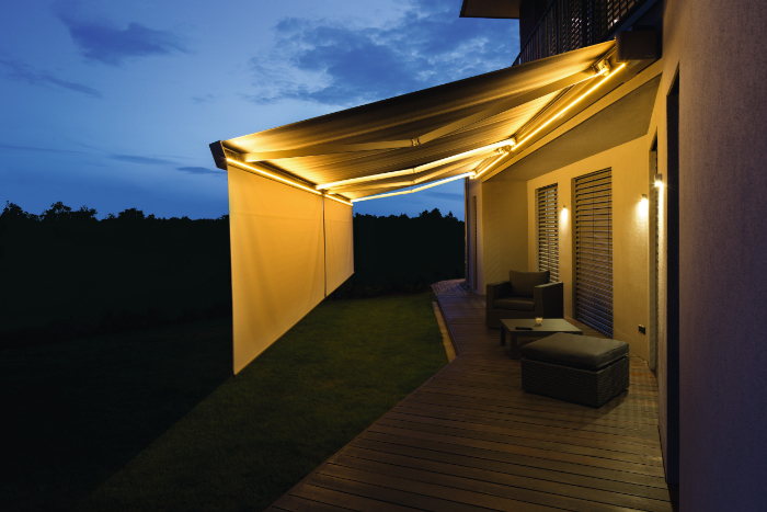 Kassetten-Markise mit LED Stripes