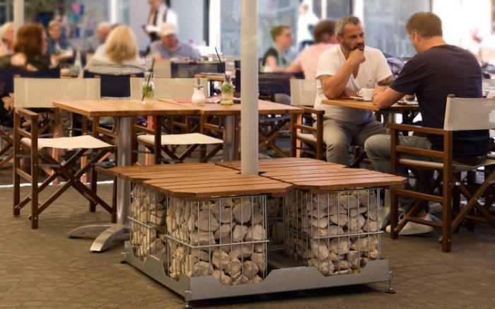 """Stylisch & praktisch: Der moderne Gastro Schirmständer """"Multicube"""""""